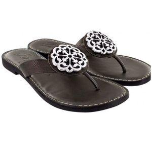 NEW Brighton Alice Black Thong Sandals Size 8M